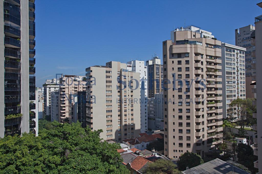 Melhor quarteirão da José Maria Lisboa.