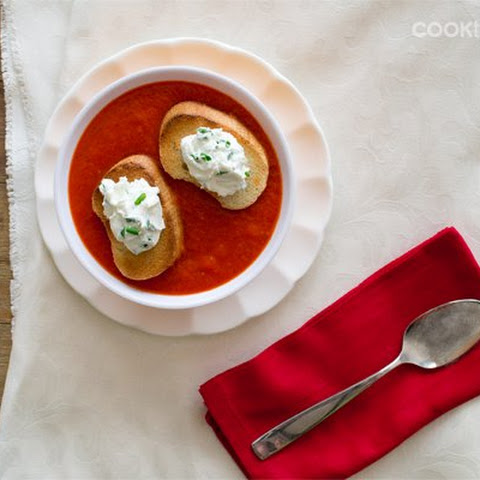 Roasted Bell Pepper Slow Cooker Soup with Goat Cheese Toasts