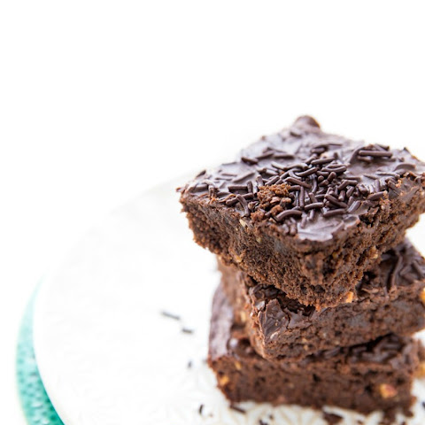 Protein-Packed Brownies (no Black Beans included!)