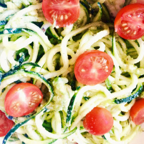 Zucchini Noodles With Creamy Avocado Basil Sauce