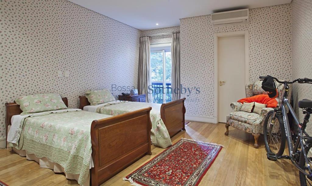 Apartamento de 5 dormitórios em Moema Pássaros, São Paulo - SP