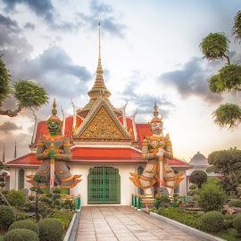 Bangkok Temple by Sue Matsunaga - Buildings & Architecture Public & Historical