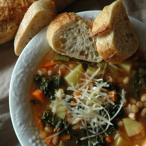 NAVY BEAN + KALE SOUP