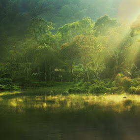 Situ Gunung III by Keril Doank - Landscapes Forests