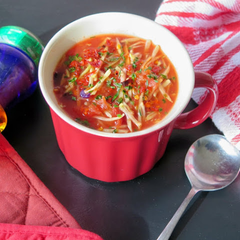 Heart Healthy Vegetable Soup #FreshTastyValentines #giveaway
