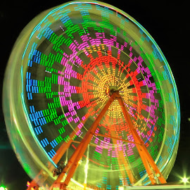 Ferris wheel by Hal Gonzales - City,  Street & Park  Amusement Parks ( light painting, night photography, night, light, ferris wheel )