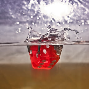 by Paul Scullion - Artistic Objects Other Objects ( colour, water, canon, dice, sutter speed, slow, fast,  )