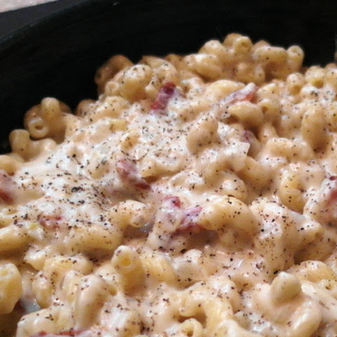 Stove Top Macaroni & Cheese with Goat Cheese and Fontina