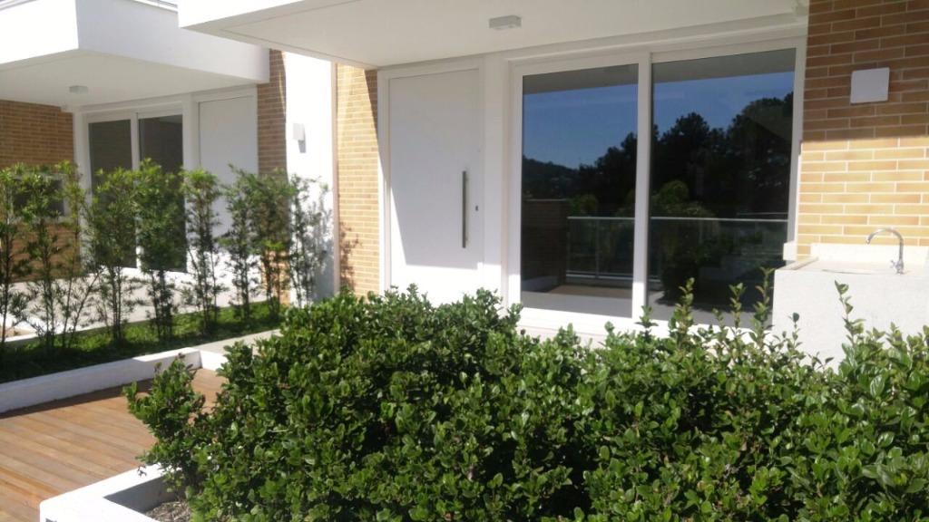 Casa 4 Dorm, Cacupé, Florianópolis (CA0464)