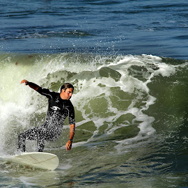 Surf a imperial beach by Gérard CHATENET - Sports & Fitness Surfing