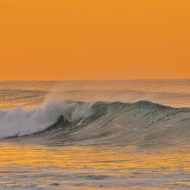 Sunrise and waves by Justin Rautenbach - Landscapes Sunsets & Sunrises
