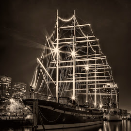Moshulu by William Kendzierski - Transportation Boats ( black and white, tall ships, ships, philadelphia, urban landscape )