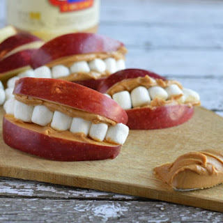 Apple Peanut Butter Teeth | Fun Easy Kid's Snack