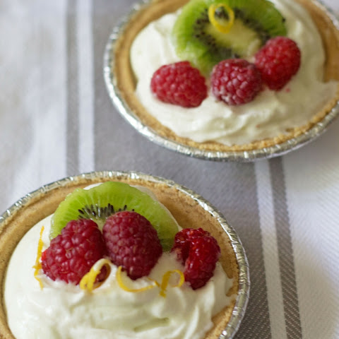 No Bake Mini Key Lime Yogurt Cheesecakes