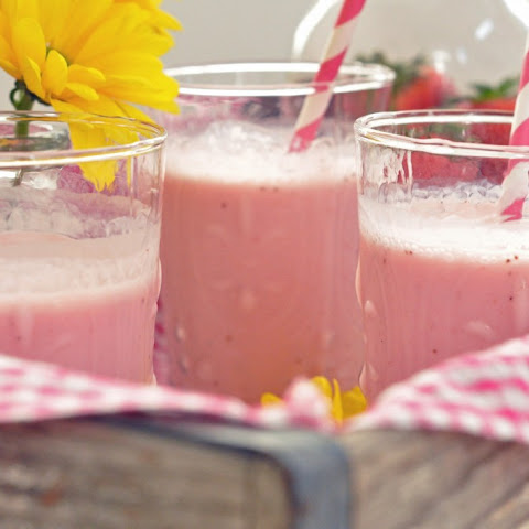 Healthy Strawberry Smoothies