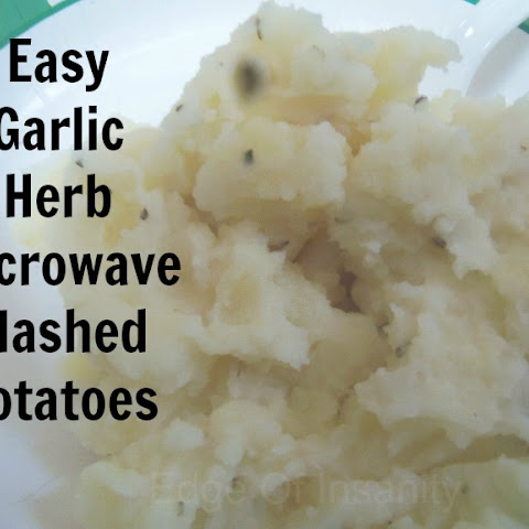Easy Garlic Herb Microwave Mashed Potatoes