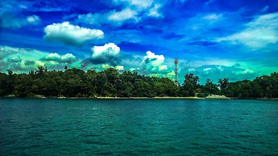 Somewhere somewhere by Ilham Handianto - Novices Only Landscapes ( phone, nokia, lumia, cloud, sea, kofipon, smartphone, landscape, lumia 930, singapore, batam, island )