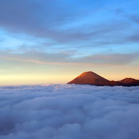 Sunrise @Mt. Bromo by Hanif Ipangraphy - Landscapes Mountains & Hills