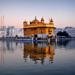 a heart touching place . golden temple amritsar in punjab by Parvesh Rana - Buildings & Architecture Places of Worship