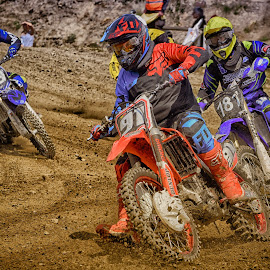 Rush Hour ! by Marco Bertamé - Sports & Fitness Motorsports ( curve, speed, 19, 91, number, race, noise, 181, motocross, dust, clumps, accelerating, crowded )