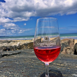 A glass of wine? by Dobrin Anca - Food & Drink Alcohol & Drinks ( wine, water, sky, glass, sea )