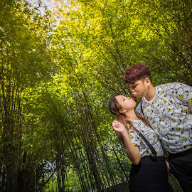 by JO Leong - People Couples