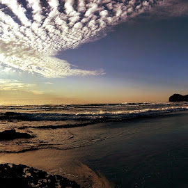 Sunset in West Auckland by Chris Fainsan - Landscapes Beaches ( waves, sand, ocean, sunset, clouds )