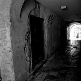 by Igor Vranjes-izga - Black & White Buildings & Architecture