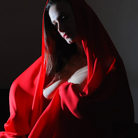Cloaked in Red by DJ Cockburn - Nudes & Boudoir Artistic Nude ( sophie french, red, dark hair, sitting, topless, nude, home shoot, off-camera flash, woman, brunette )
