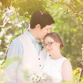 by Theresa Colbeth - Wedding Bride & Groom