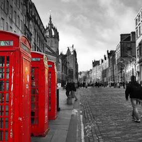 3 Red Boxes by Scott Pirrie - Instagram & Mobile iPhone
