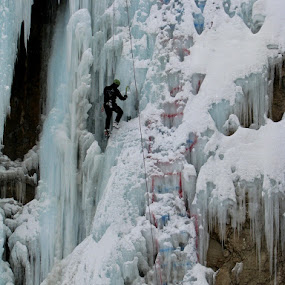 Ice fall III by Hamed Ghalandar - Sports & Fitness Climbing ( meigoon, iran, hamelon valley )