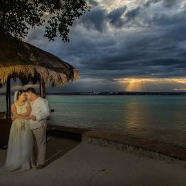 Summer Bliss by Rasul Leonor - Wedding Bride & Groom