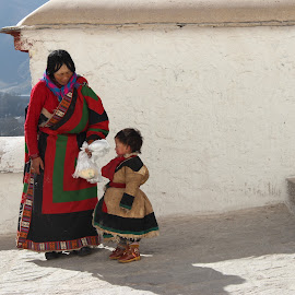 Mother & Son by Nita Anggriawan - People Maternity ( maternity, potalapalace, colorful, natgeo, outfit, tibetan, pray, lhasa, nationalgeographic, pilgrim, pilgrimage, culture, heritage, hope )