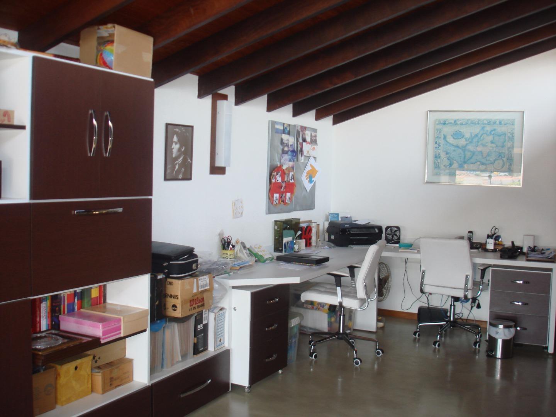 Casa Padrão à venda/aluguel, Parque Dos Príncipes, São Paulo