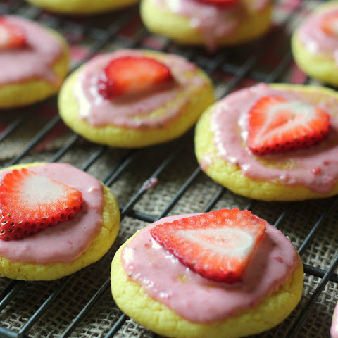 Strawberry Lemonade Cake Mix Cookies