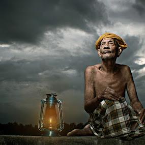 by Jari Foto - People Portraits of Men ( senior citizen )