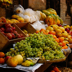 Nutrition in display by Afzal Khan - Food & Drink Fruits & Vegetables ( shop, orange, pomegranate, pwcfruit, fruits, mango, display, health, banana, nutrition, market, grapes, apple, juice )