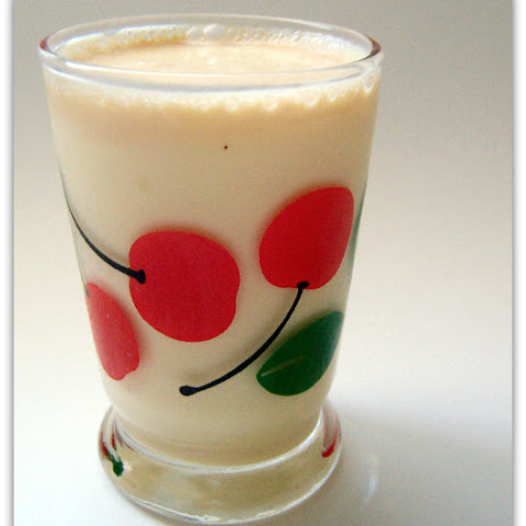 Caramel Eggnog Cocktail