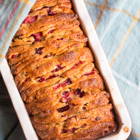 Brown Sugar and Plum Pull-Apart Bread | #BreadBakers