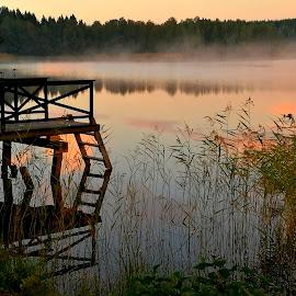 Early morning by Marina Erkenius - Landscapes Sunsets & Sunrises ( nature, sea, lake, sunrise, morning )