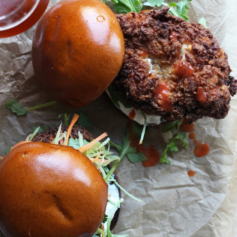 BUFFALO FRIED CHICKEN SANDWICH