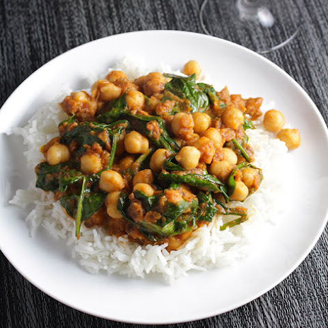 Quick Indian Spinach and Chickpeas