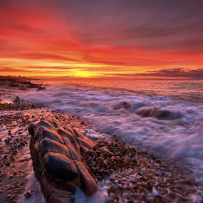 Set me free by Mark Leader - Landscapes Sunsets & Sunrises ( water, shore, pett, waves, pebbles, seascape, sunrise, beach, rocks, coast )