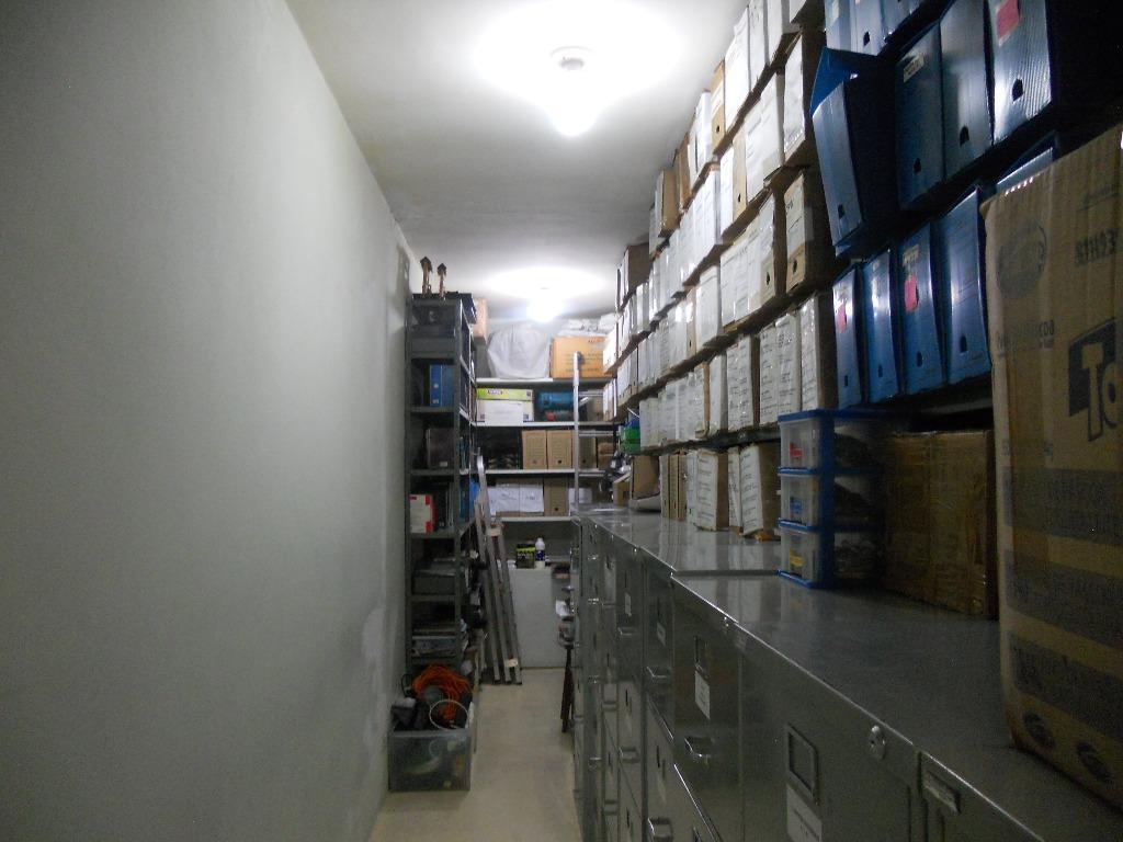 Casa Comercial à Venda - Centro