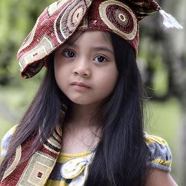 by Luna Almira - Babies & Children Child Portraits