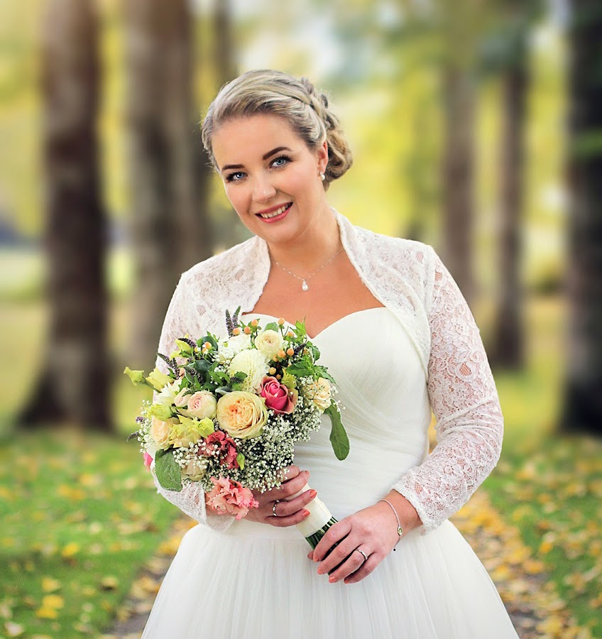 by Jane Bjerkli - Wedding Bride