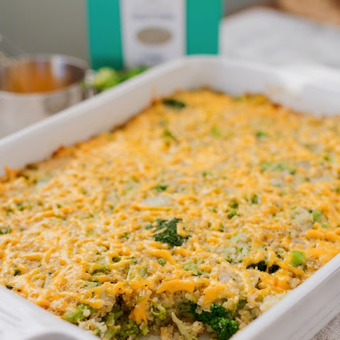 Cheesy Broccoli Quinoa Casserole