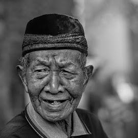 Oldmen by Indrawan Ekomurtomo - Black & White Portraits & People