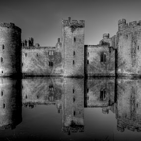 Bodiam Castle in mono by Mark Leader - Buildings & Architecture Public & Historical ( reflection, b&w, black and white, moat, bodiam castle, medieval, mono )